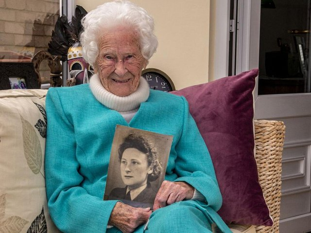 Harrogate war veteran Mary Bruce Hanson Todd, known as Molly, who was a leading aircraft woman in the RAF and who will turn 101 shortly. (Picture Ernesto Rogata/Alamy Live News)