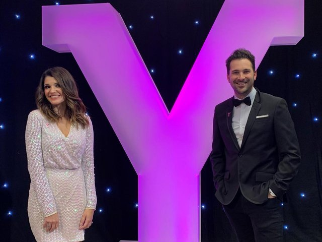Presenters Natalie Anderson and Rich Williams. Picture: Welcome to Yorkshire.