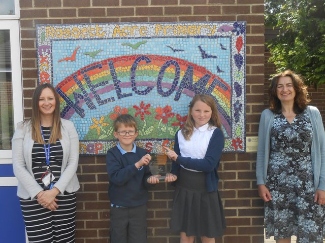 Accolade for Rossett Acre Primary School - Michelle Williams,  Financial Education Leader; pupil Felix Smith - Year 5; pupil Evie Mason - Year 5 and headteacher Corrine Penhale.