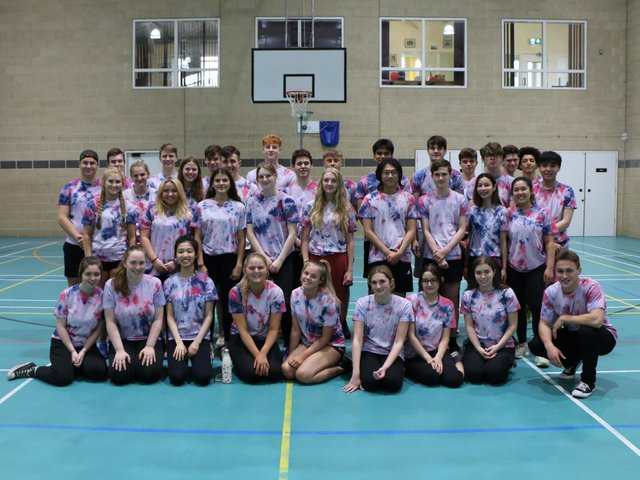 The gruelling 15-hour session for charity, staged by Lower Sixth pupils, was held in memory of Ashville College's tenth Headmaster, Richard Marshall.