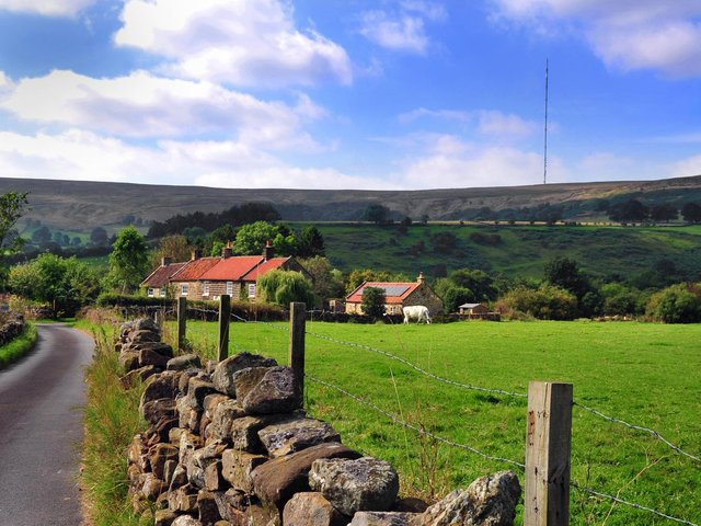 Arqiva now says a team of around 100 people began construction work at Bilsdale on Monday